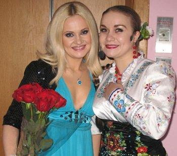 Наташа Бучинская и Ольга Токарь.