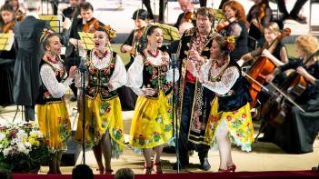 Teatr-pisni-Dzherela-koncert-v-opernom-teatre-2020
